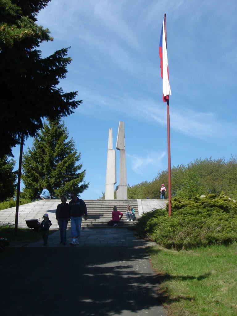Památník ve Slivic