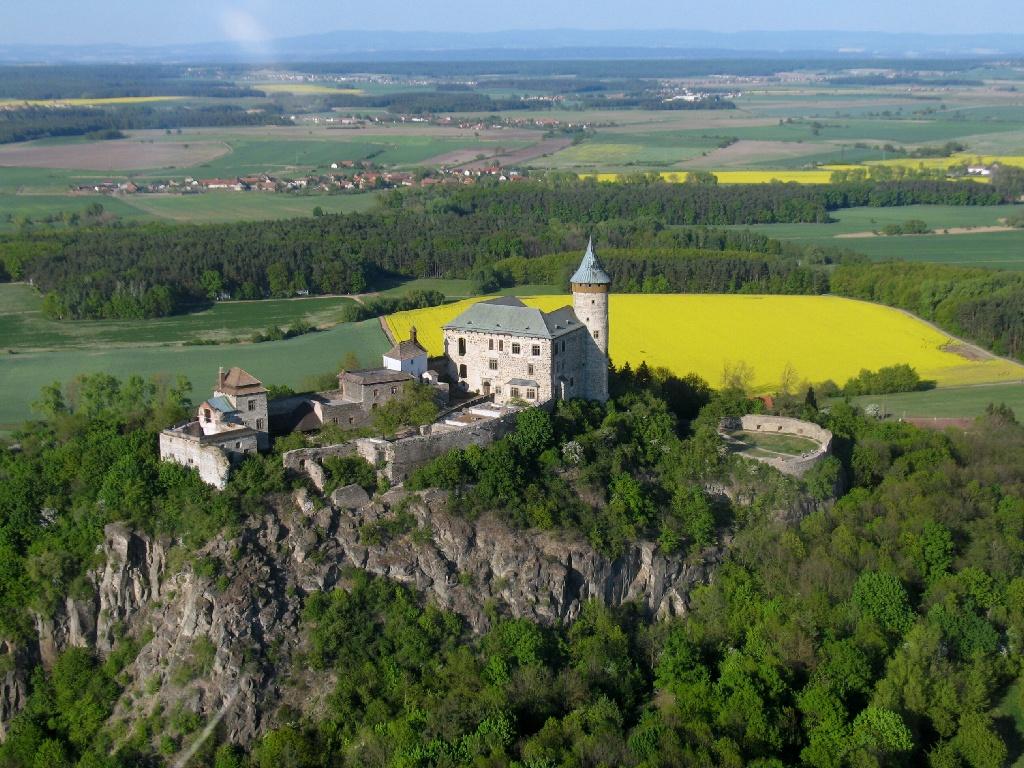 замок Kunětická hora